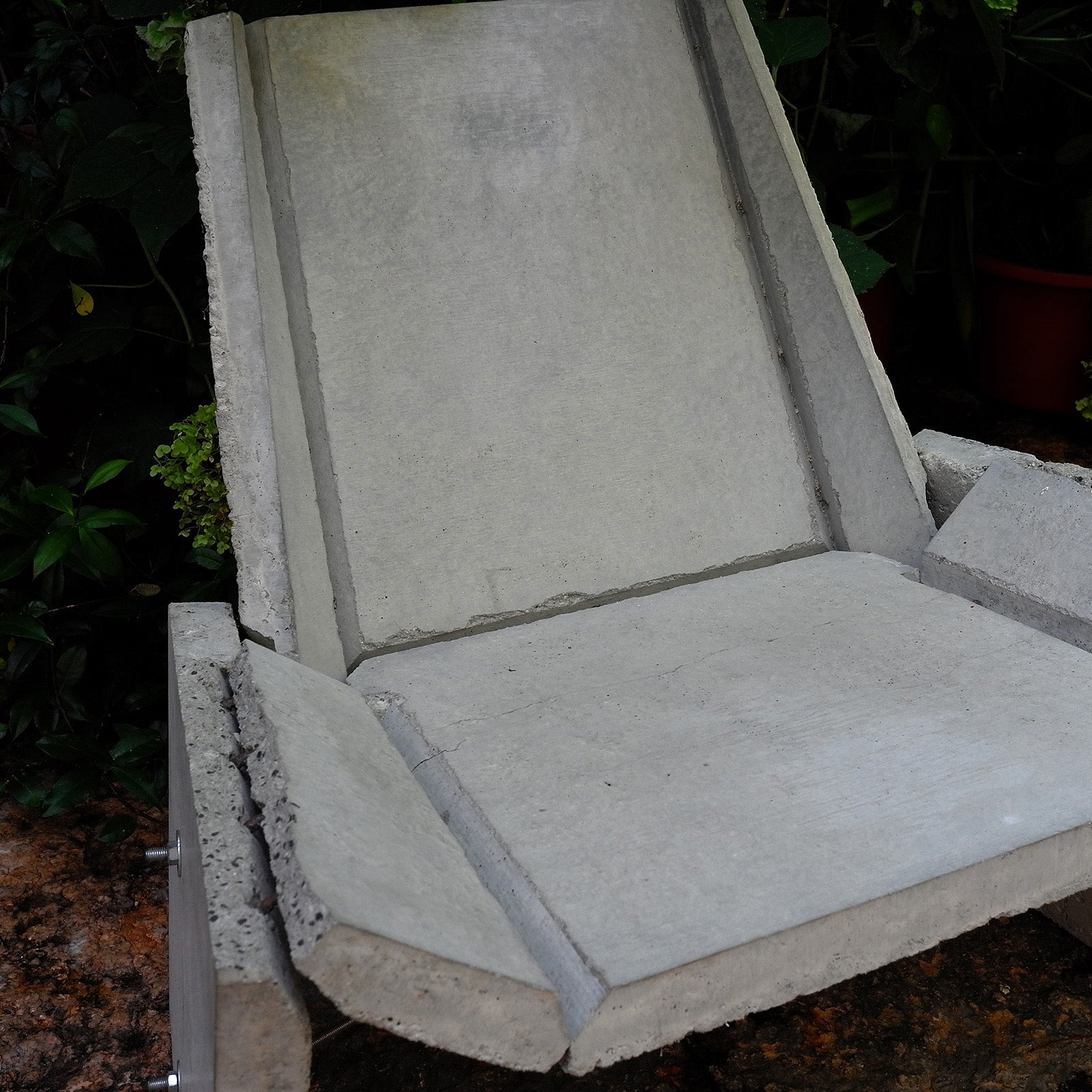Concrete Chair Rossana Orlandi